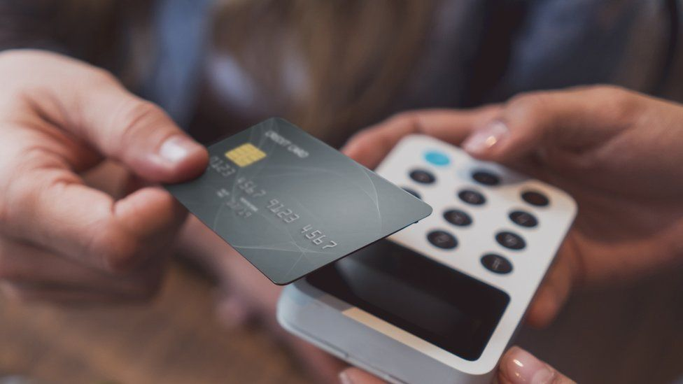 Credit card and payment terminal