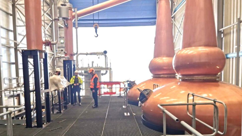 Entire whisky distillery ships out to China thumbnail