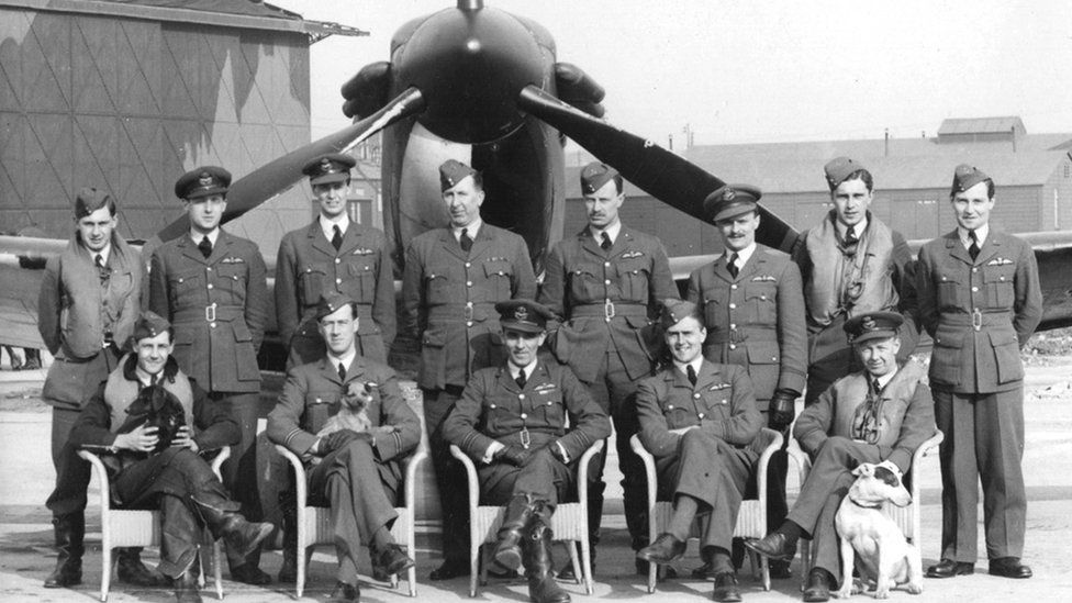 Pilots in the 602 (City of Glasgow) squadron, 1939-1940