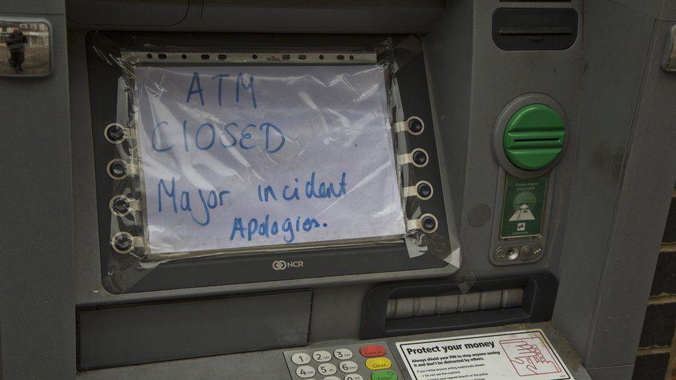 Lloyds bank raid