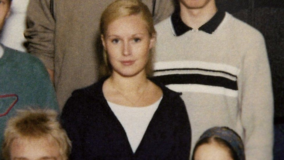 Sanna Marin young with blonde hair