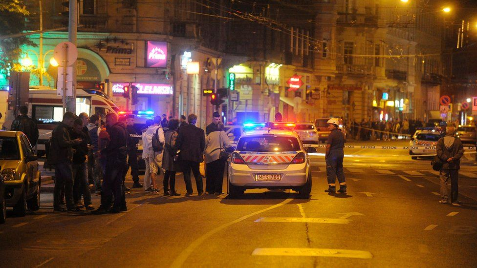 Police cordoned off the scene of the blast in central Budapest on Saturday night, 25 September 2015