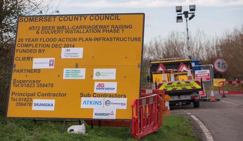 Flood defence project, Somerset 2014