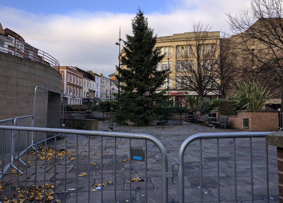 "Derby City Council has removed the ""exclusion zone"" around the tree"