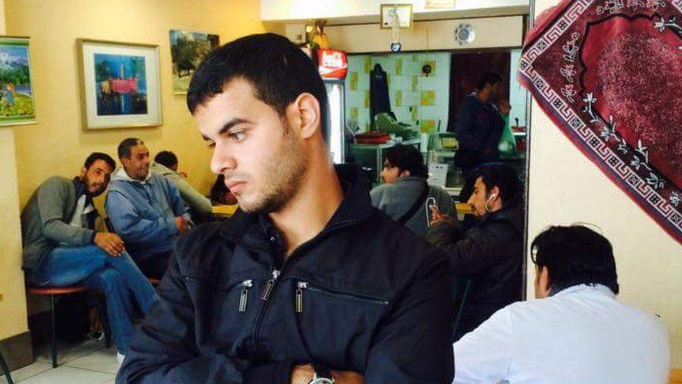 Mouaz al-Balkhi in Calais