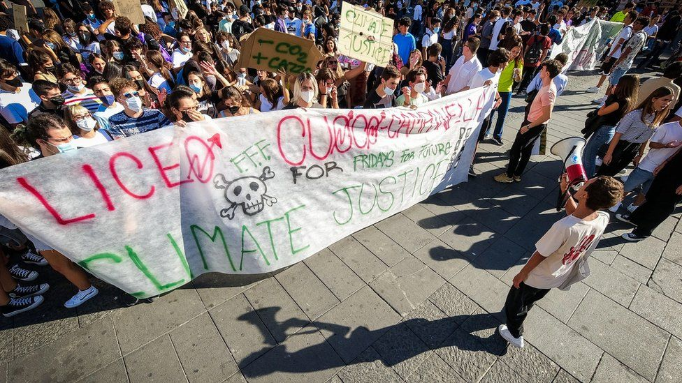 Climate protestors in Italy