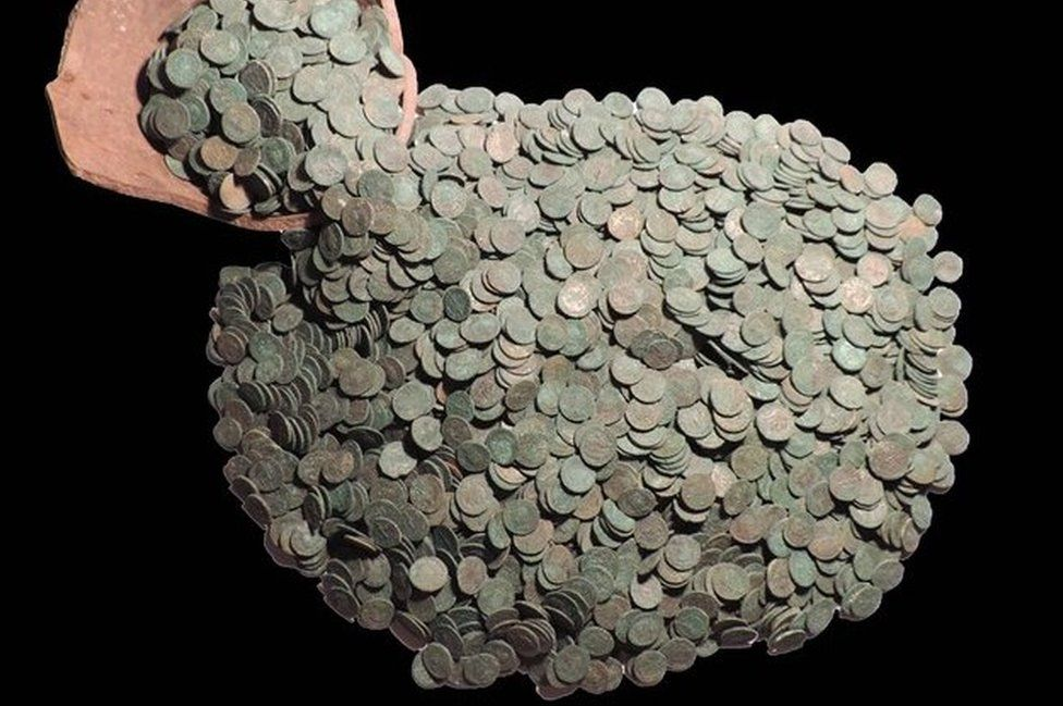 Lincolnshire Roman coin hoard 'is largest find in Britain'