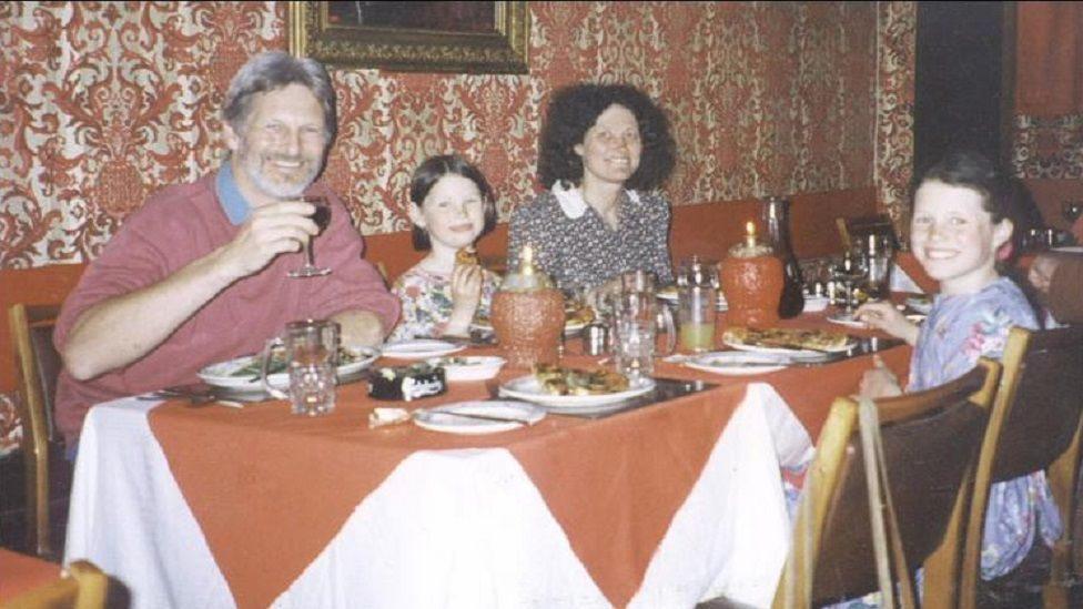 Shaun and Lin Russell with daughters Megan (centre) and Josie (right)