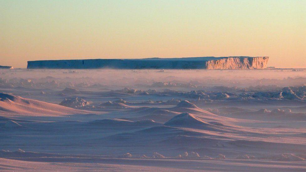 Tabular iceberg off Pine Island Glacier