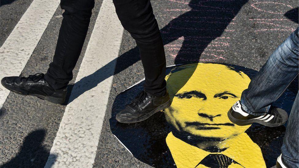 Путину не удалось поднять рейтинг телеобращением о пенсиях