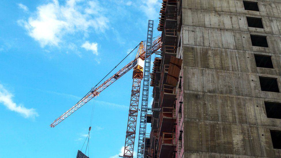Ипотечному рынку России грозит спад. А к чему готовятся строительные компании?