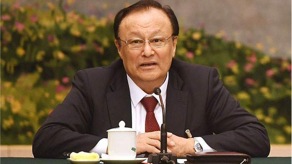 Шохрат Закир - председатель провинции Синьцзян и этнический уйгур.