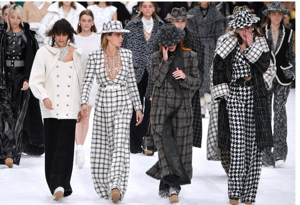 Chanel showcases last Karl Lagerfeld collection at Paris