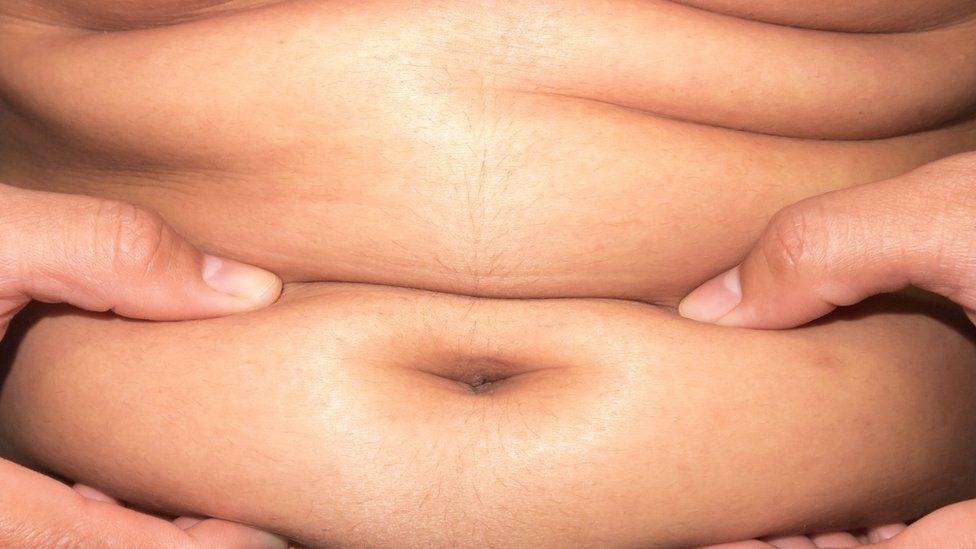¿Es posible perder 2 centímetros de grasa abdominal en cuatro semanas?