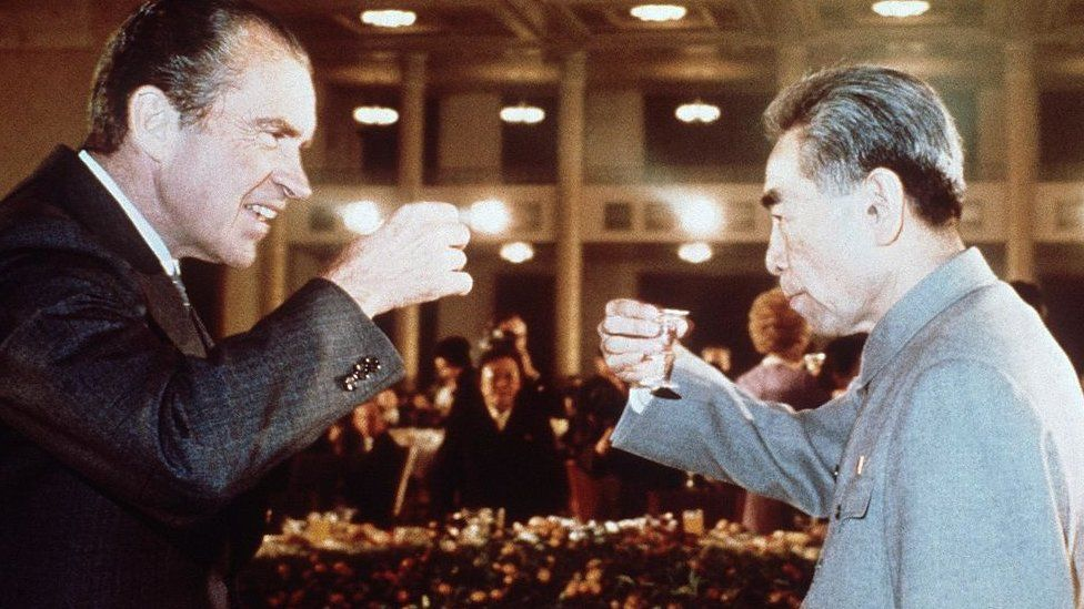 US president Richard Nixon (L) toasts with Chinese Prime Minister, Chou En Lai (R) in February 1972 in Beijing during his official visit in China