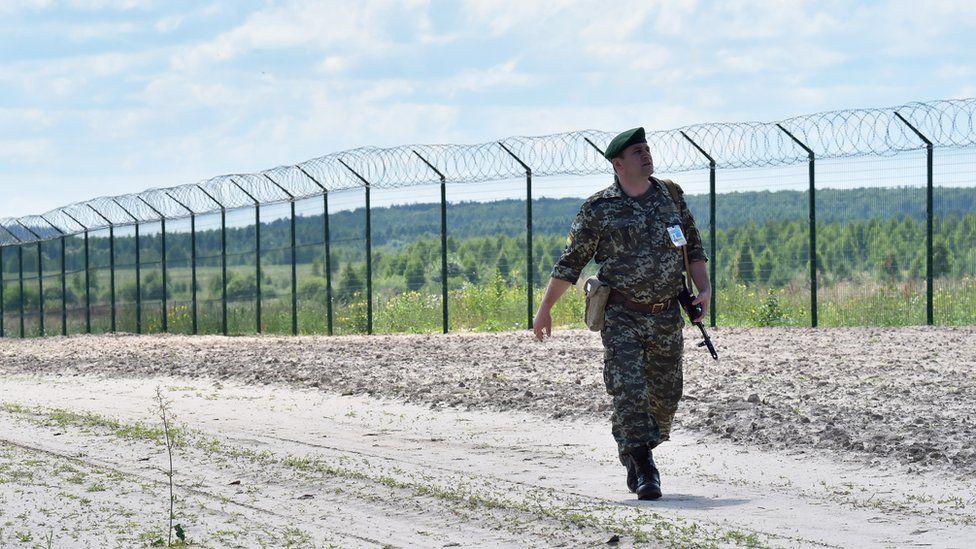 Chernihiv border fence, 2015