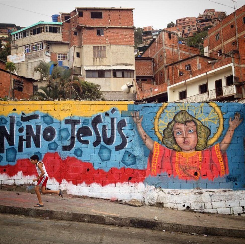 A mural in Nino Jesus