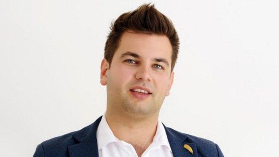 Ivan Kanev, Bee Smart