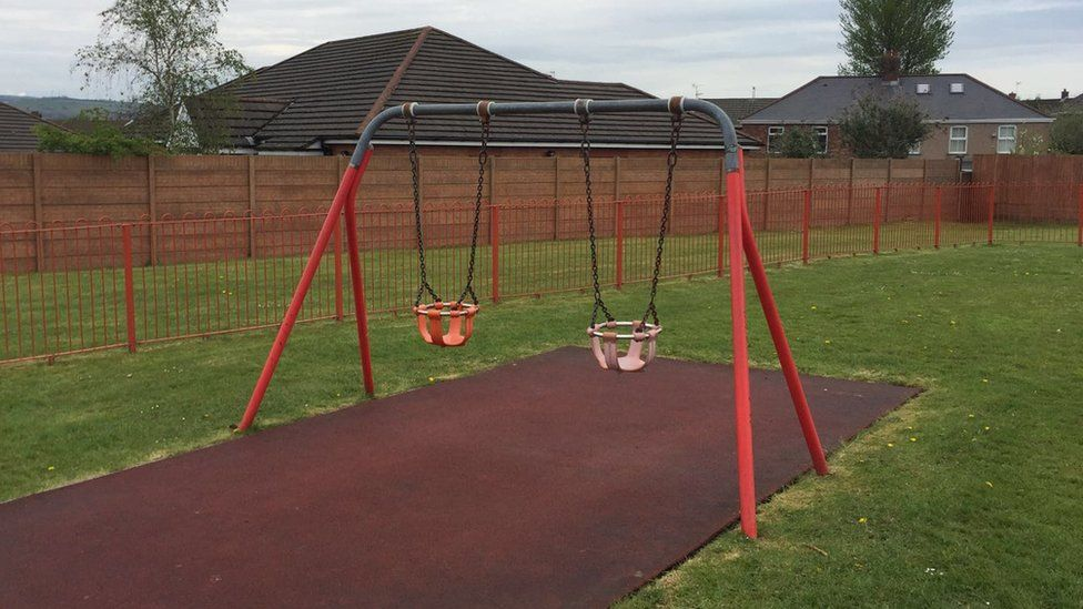 Baby swing in Bridgend