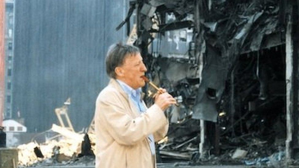 Paddy Moloney performing at Ground Zero in 2001
