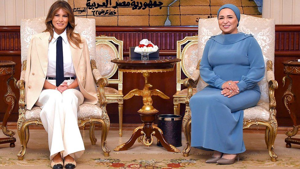 Egyptian President's wife Intissar Amer with US First Lady Melania Trump at the Ittihadia presidential Palace in the capital Cairo. 6 Oct 2018