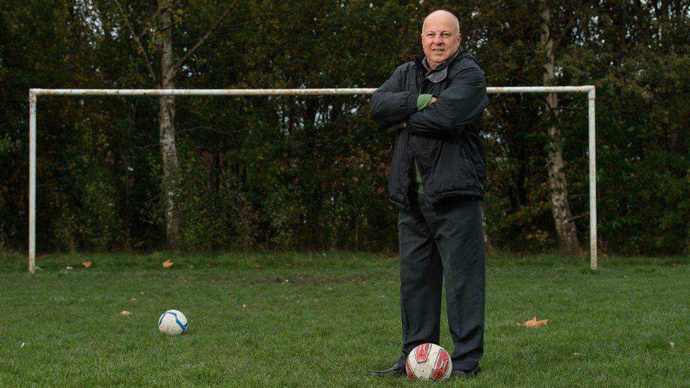 Eamonn artık Manchester yakınlarında emekli hayatı yaşıyor fakat Everton için yarı zamanlı çalışıyor
