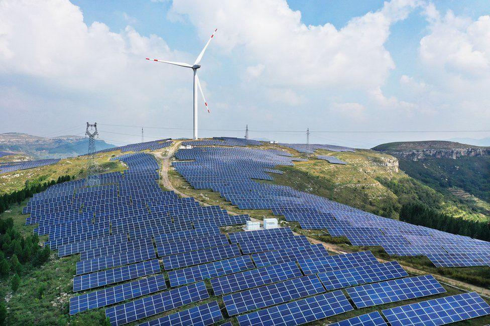 Impianto eolico-solare ibrido a Zaozhuang, Cina