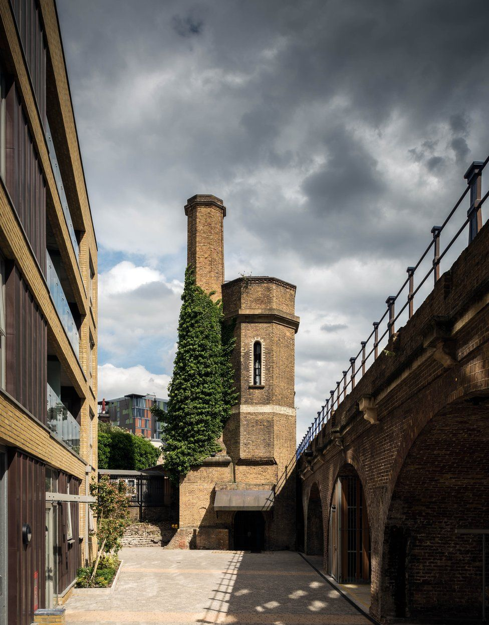 Accumulator Tower, Limehouse, Tower Hamlets