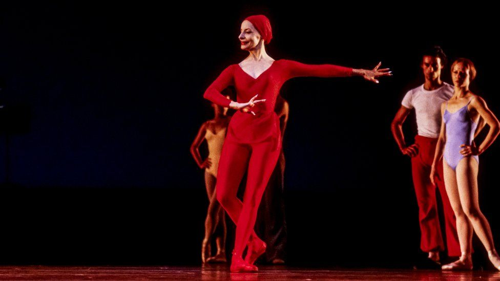 Alicia Alonso on stage in 1979