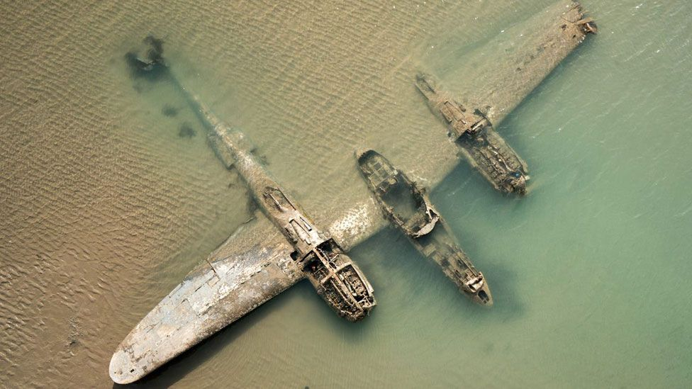 P-38 Lightning plane on the seabed