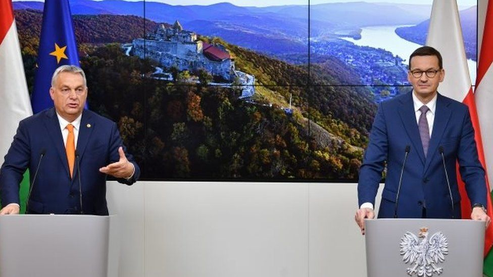 Hungarian Prime Minister Viktor Orbán (left) and Polish Prime Minister Mateusz Morawiecki in Brussels, Belgium. Photo: 10 December 2020