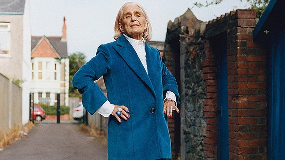 Dilys Price modelling for Helmut Lang