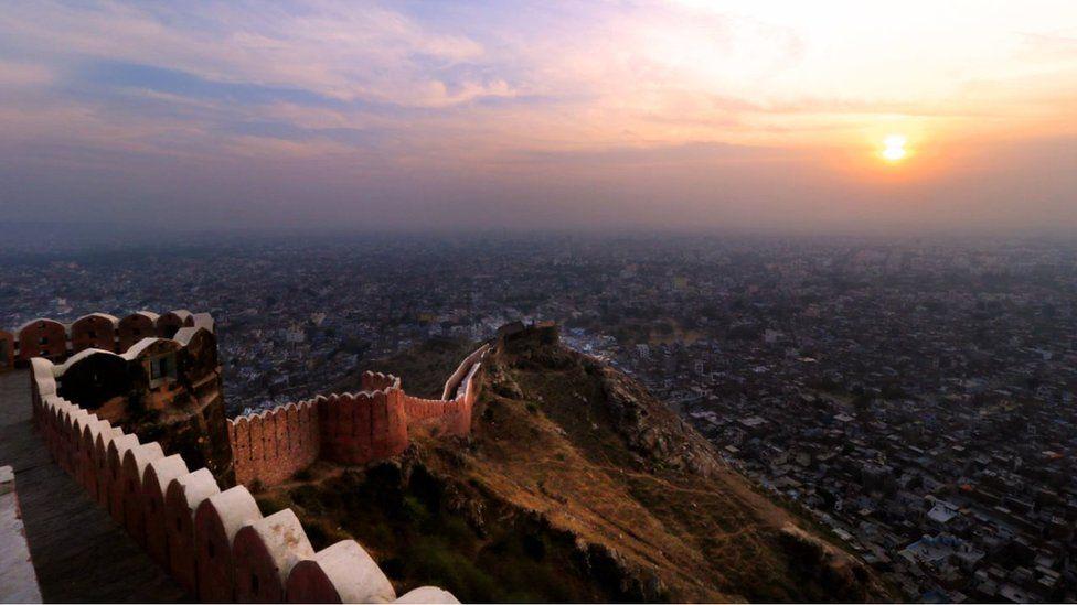 Pogleda sa zidina na Džaipur