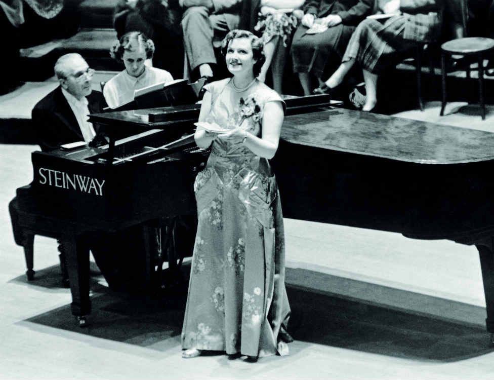 Bruno Walter and Kathleen Ferrier entrance at
