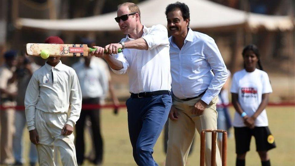 Prince William playing cricket in Mumbai