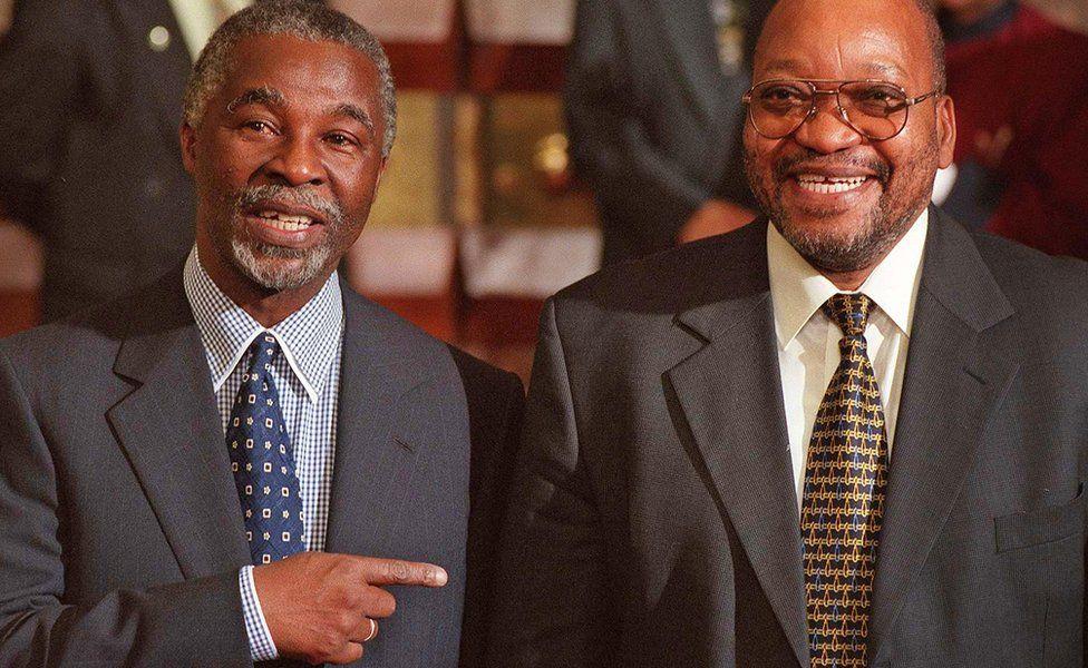 President Thabo Mbeki (L) points jokingly to his deputy Jacob Zuma - June 1999