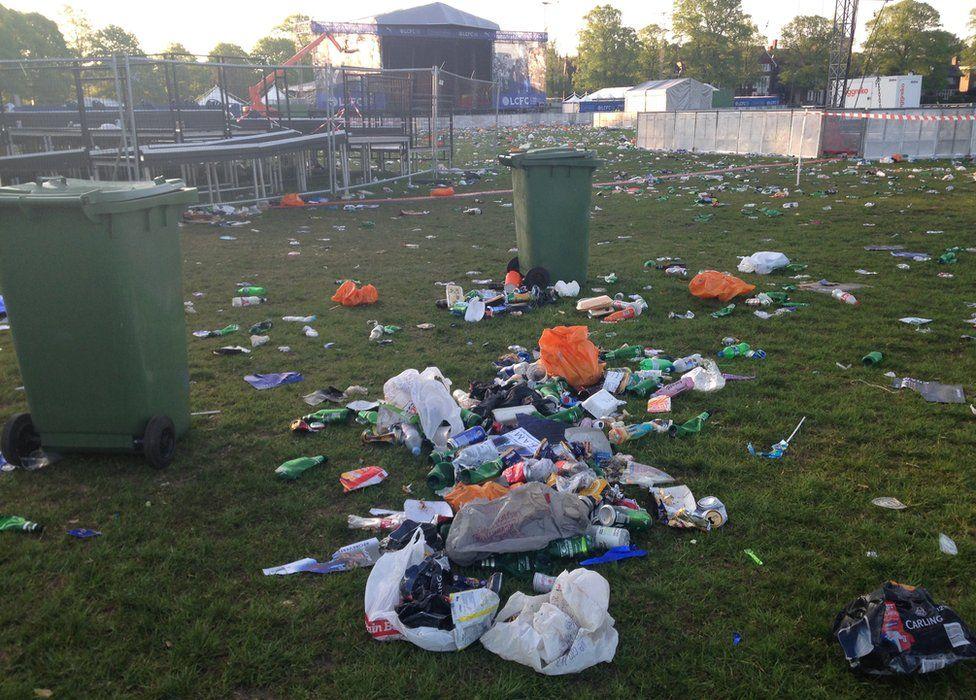 Rubbish in Victoria Park