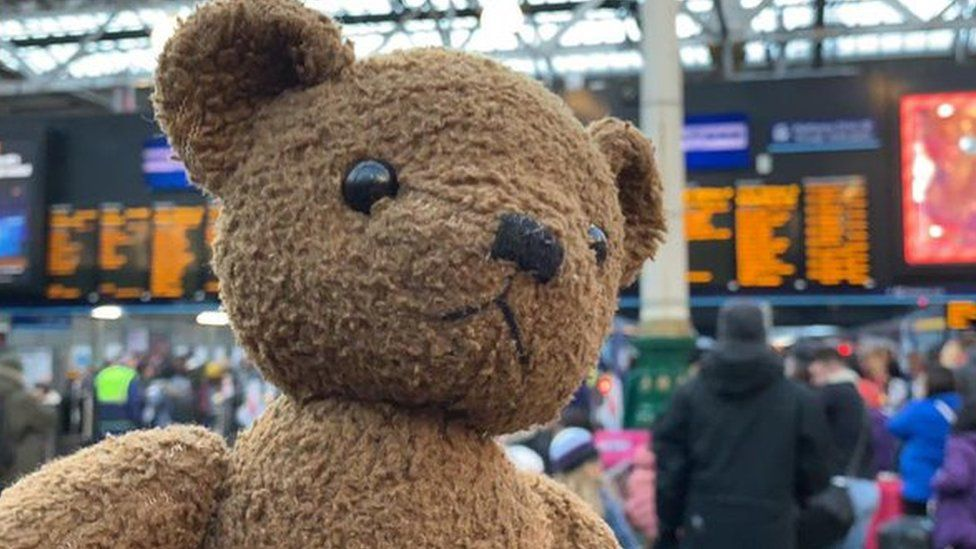 Frankfurter at the railway station