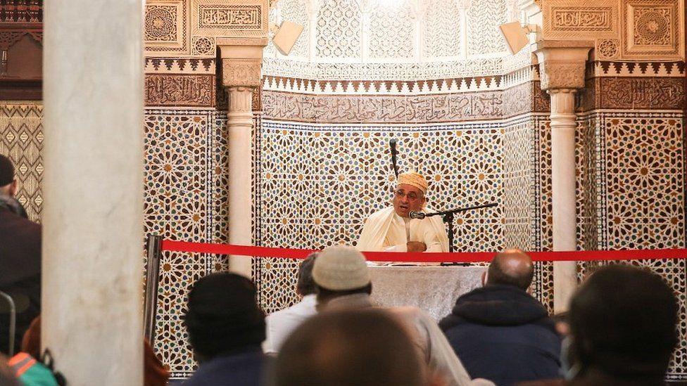 Prayers at the Paris Grand Mosque, 30 Oct 20