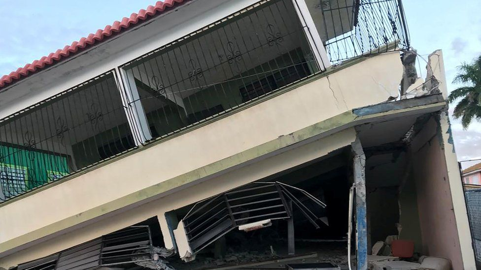 Casa colapsada en Puerto Rico