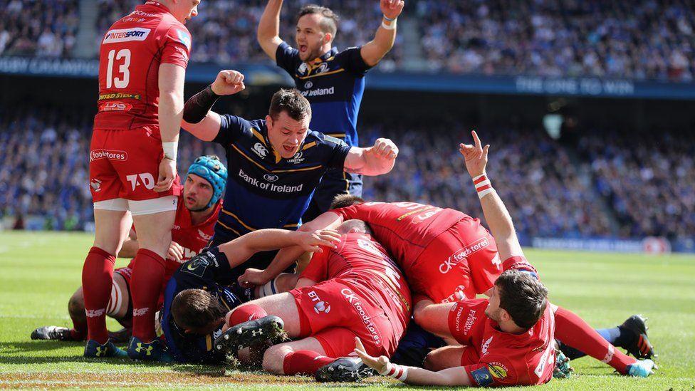 Scarlets v Leinster