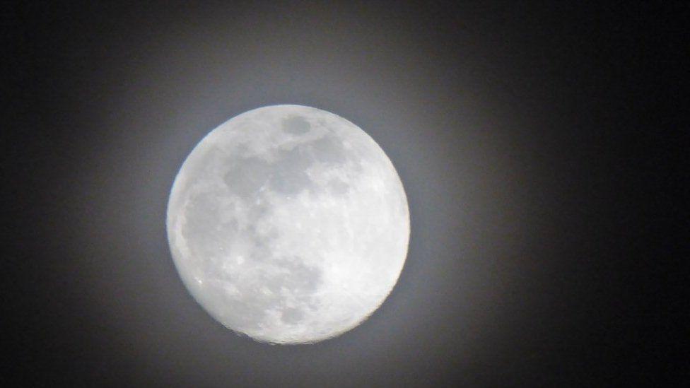 Moon on Sunday night