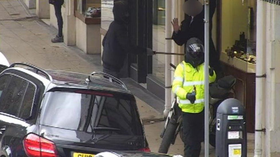 CCTV showing Franses jewellers raid