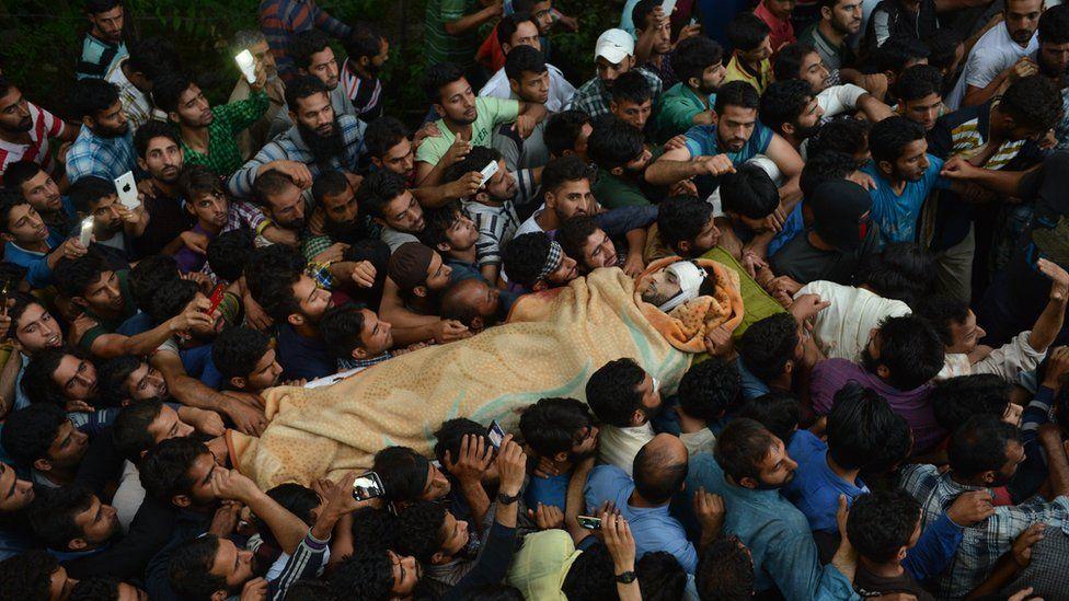 Crowds at Burhan Wani's funeral