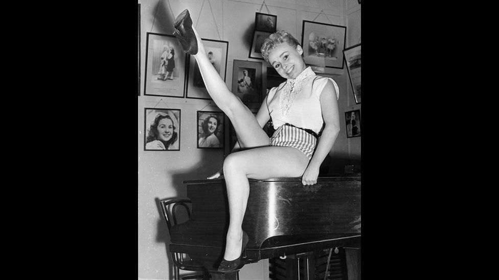 Barbara Windsor at stage school in 1955