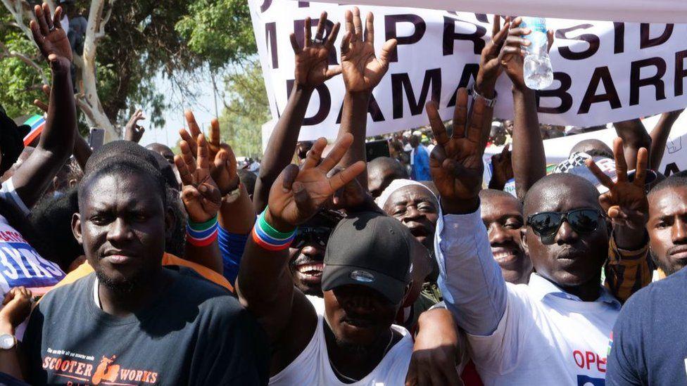 Des heurts et plusieurs arrestations lors d'une manifestation en Gambie