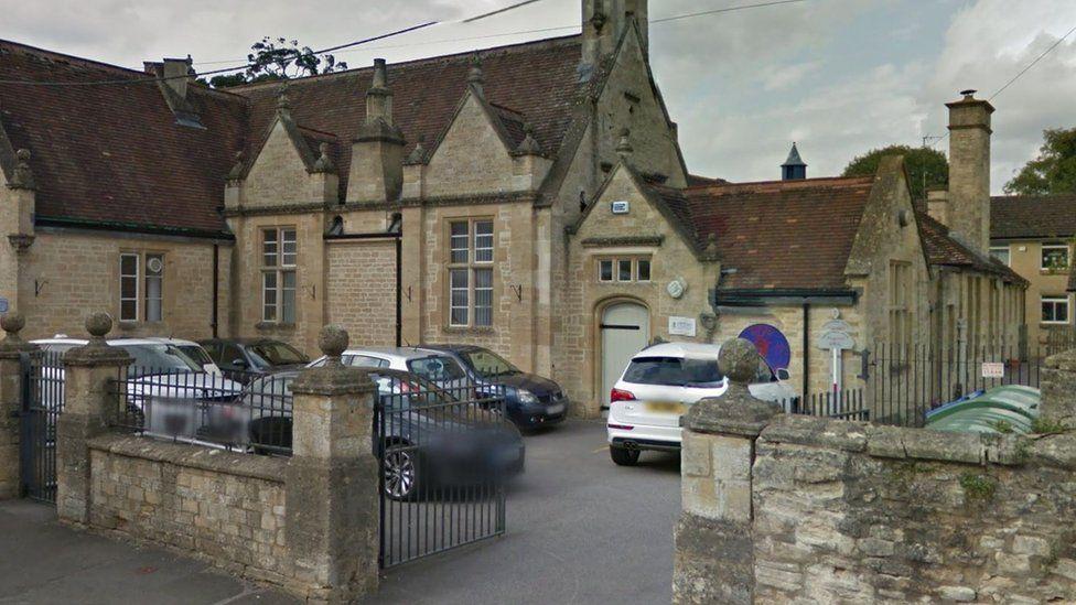 Burford Primary School