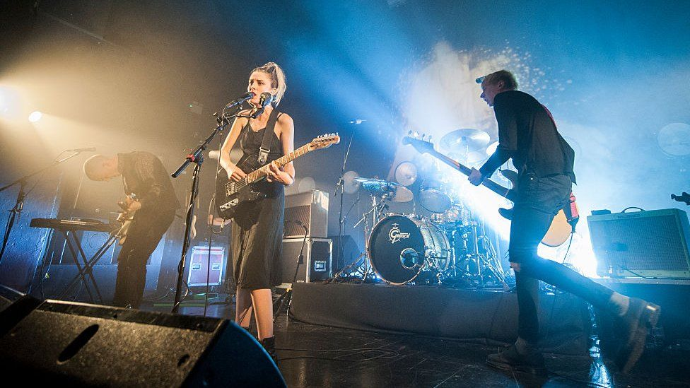 Wolf Alice playing live