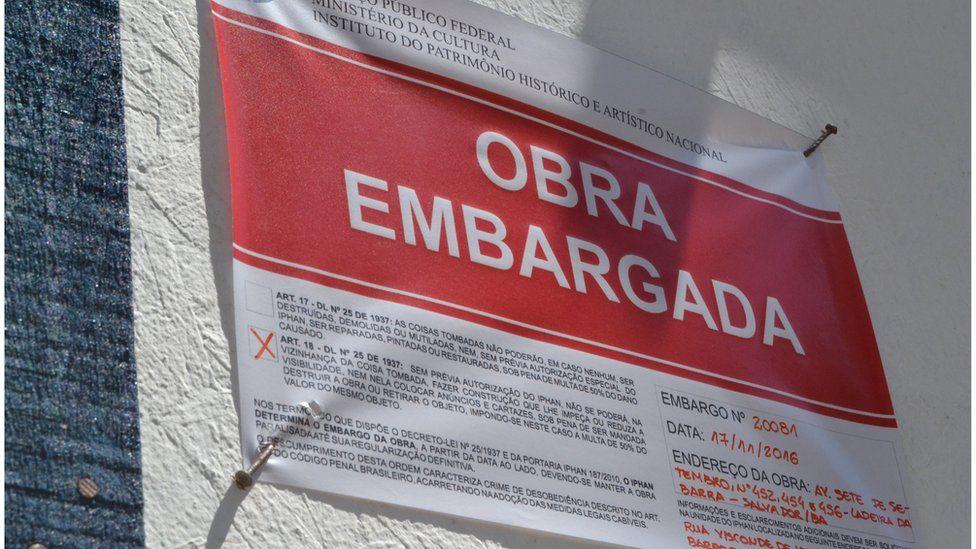O polêmico prédio de luxo no centro de crise no Planalto