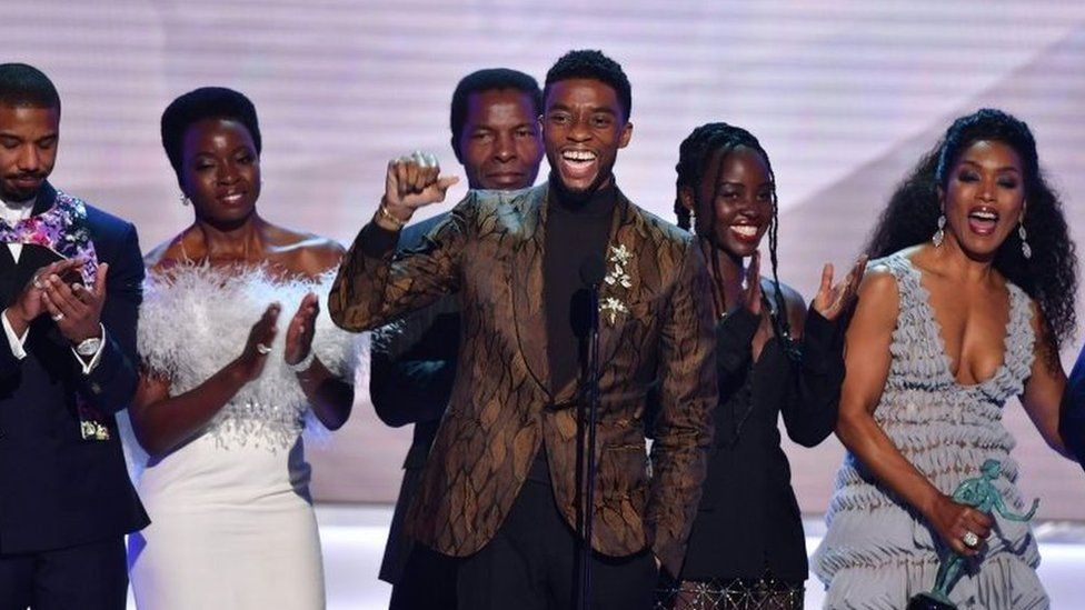 """Chadwick Boseman, Michael B. Jordan, Danai Gurira, Lupita Nyong""""o and Angela Bassett accept the award for best Cast In A Motion Picture for Black Panther at the 25th Annual Screen Actors Guild Awards"""